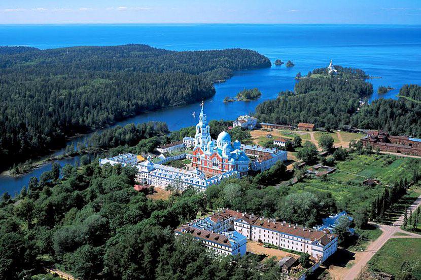 7 паломнических туров по России